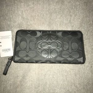 Coach Zip Wallet | Gray with Pale Pink